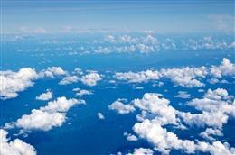 唯美蓝天背景图片