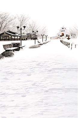 古风水墨画下雪场景图