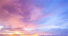ins风唯美云朵背景图