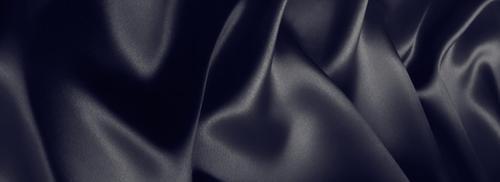 黑色丝绸褶皱背景