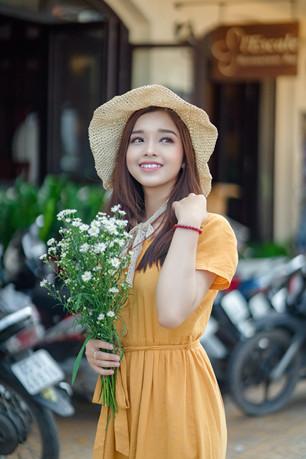 甜美气质亚洲美女图片