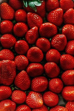 高清草莓手机壁纸