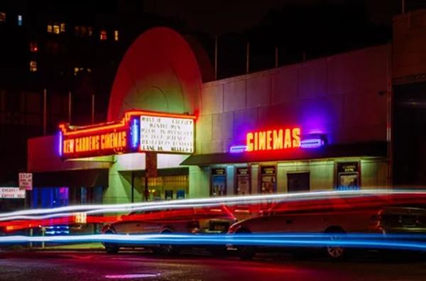 电影院开业复工宣传图片