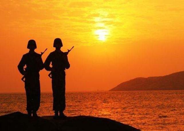 軍人站崗背景圖片