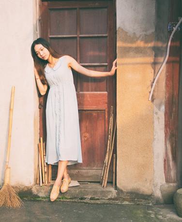 清纯亚洲美女写真图片