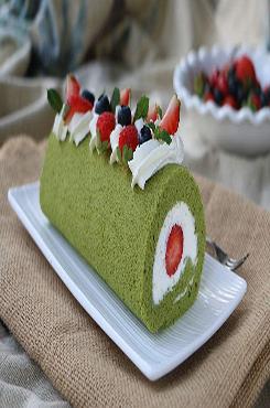 抹茶蛋糕美食摄影宣传海报