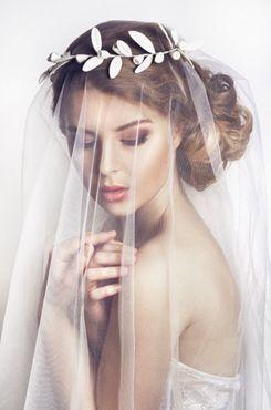 婚纱头饰图片